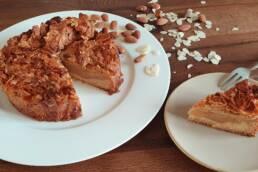 Apfelkuchen mit Mandel Knusperdecke