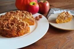 Knusper-Kürbiskuchen mit Äpfeln